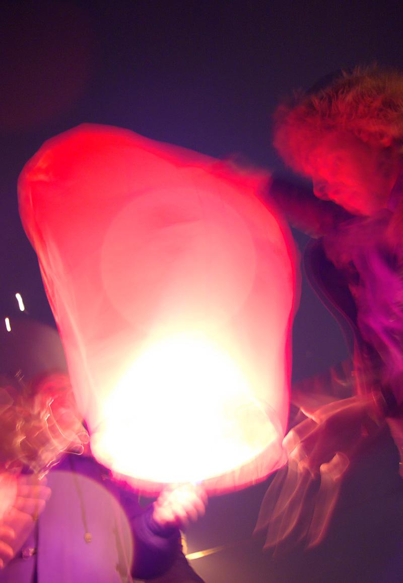 воздушный шарик с фонариком